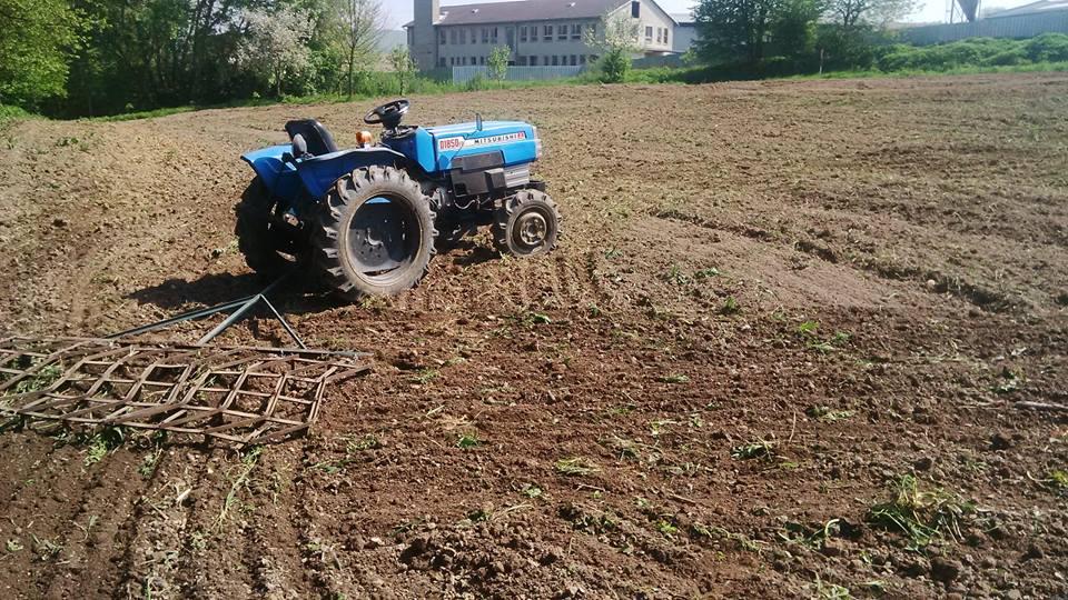 Naše poľnohospodárstvo dopláca aj na drastické zníženie dobytka a pôde tak chýbajú živiny z maštaľného hnoja: Z hnoja sa stala vzácna komodita…