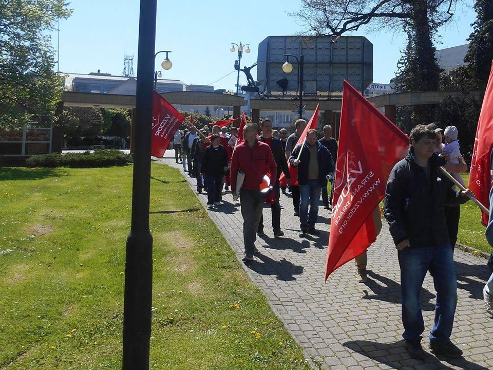 Vzdor-strana práce zorganizovala na 1.mája zhromaždenie pracujúcich v Žiline: Pozrite si bohatú fotogalériu a prejavy na VIDEÁCH