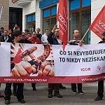 Slovensko starne a rodí sa u nás málo detí: Toto sú opatrenia Vzdoru-strany práce na zvýšenie pôrodnosti, platov pracujúcich a starostlivosti o dôchodcov
