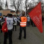 Vzdor-strana práce podporila protestný míting a pochod odborárov v Spišskej Novej Vsi za vyššie mzdy na Slovensku: Vo vnútri FOTO a VIDEOGALÉRIA